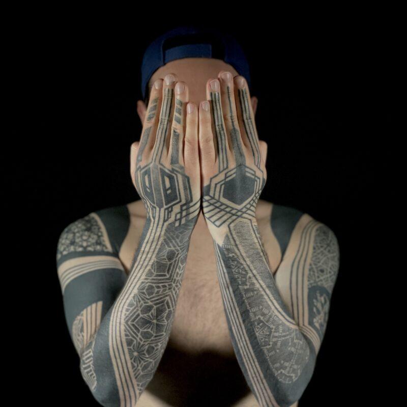 Featured Artist: Maïka Zayagata